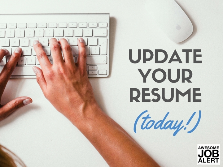 Update-Your-Resumé-Today-Awesome-Job-Alert
