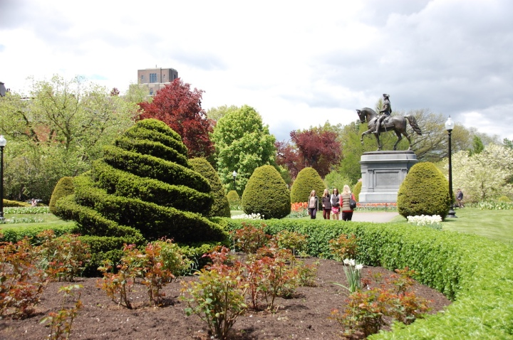 Things to do in Boston - The Boston Public Garden